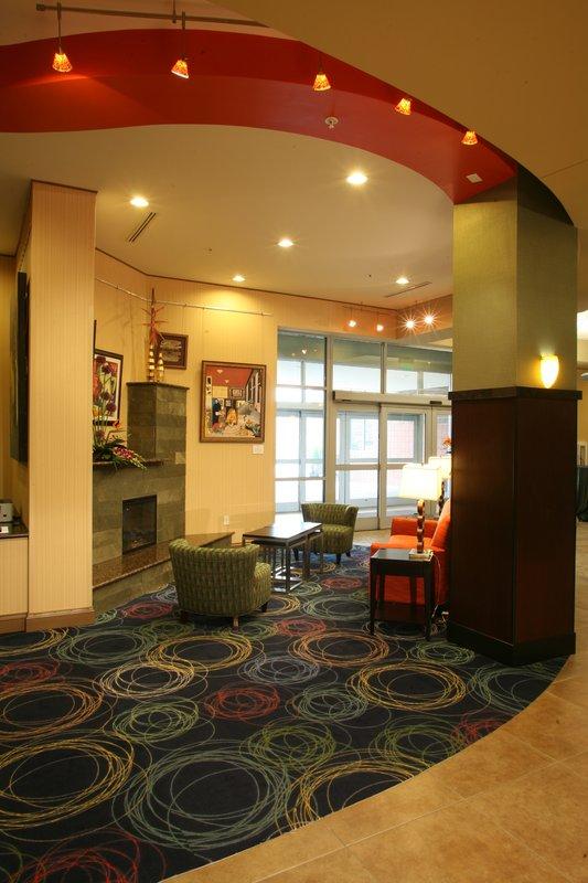 Holiday Inn Omaha Downtown-Airport-Holiday Inn Downtown Omaha Lounging Area<br/>Image from Leonardo