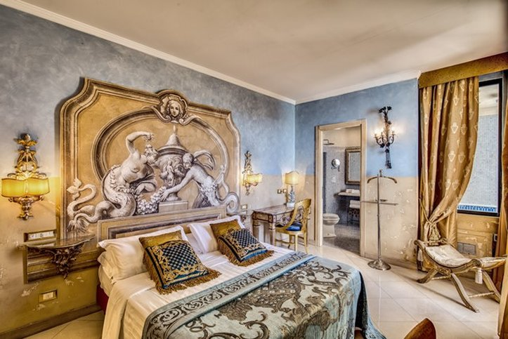 Romanico Palace Hotel - Balcony Room <br/>Image from Leonardo