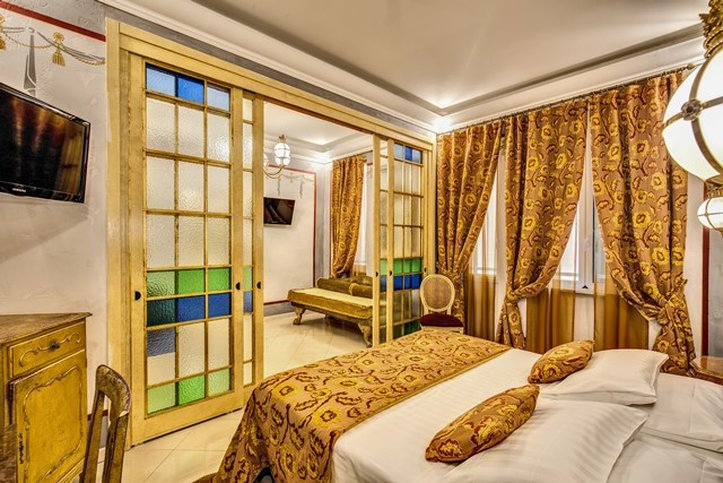 Romanico Palace Hotel - Suite <br/>Image from Leonardo