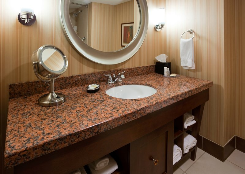Crowne Plaza Milwaukee West-Guest Bathroom- Crowne Plaza Milwaukee West<br/>Image from Leonardo