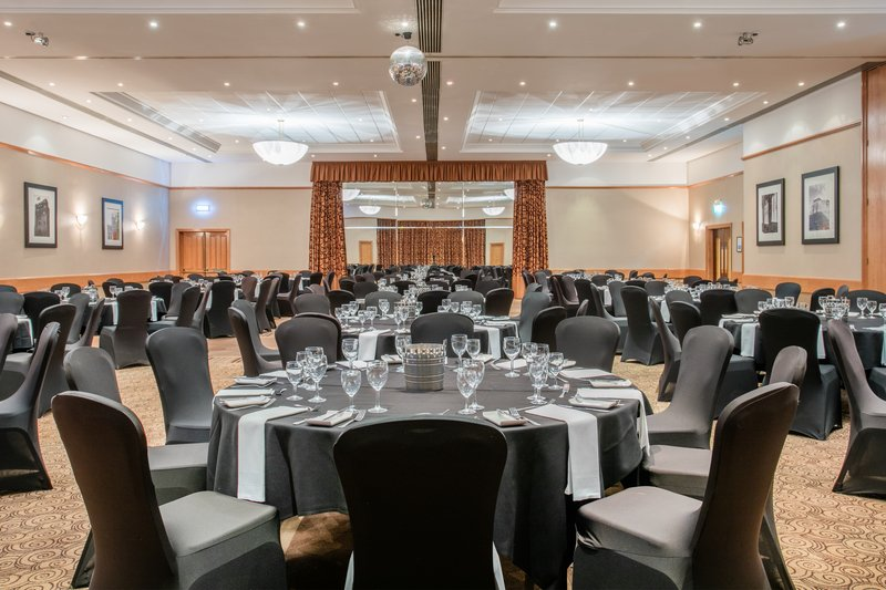 Crowne Plaza Chester-Kings Suite Dinner<br/>Image from Leonardo