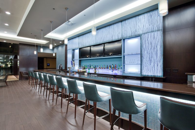 Holiday Inn Virginia Beach - Norfolk-BLU Bar is where guests gather after work to dine and unwind! <br/>Image from Leonardo