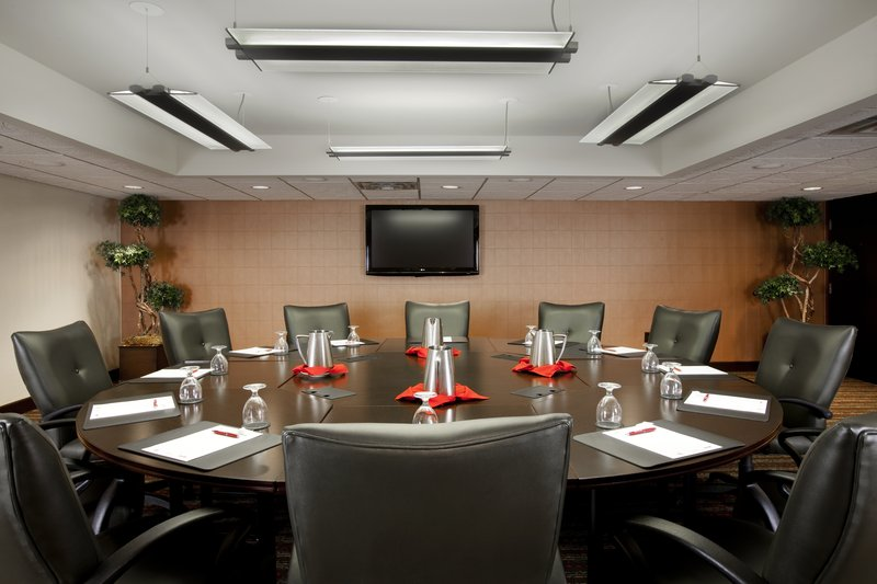Crowne Plaza Indianapolis - Airport-Executive Boardroom<br/>Image from Leonardo