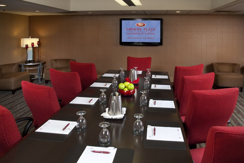 Crowne Plaza Indianapolis - Airport-Gatwick Meeting Room<br/>Image from Leonardo