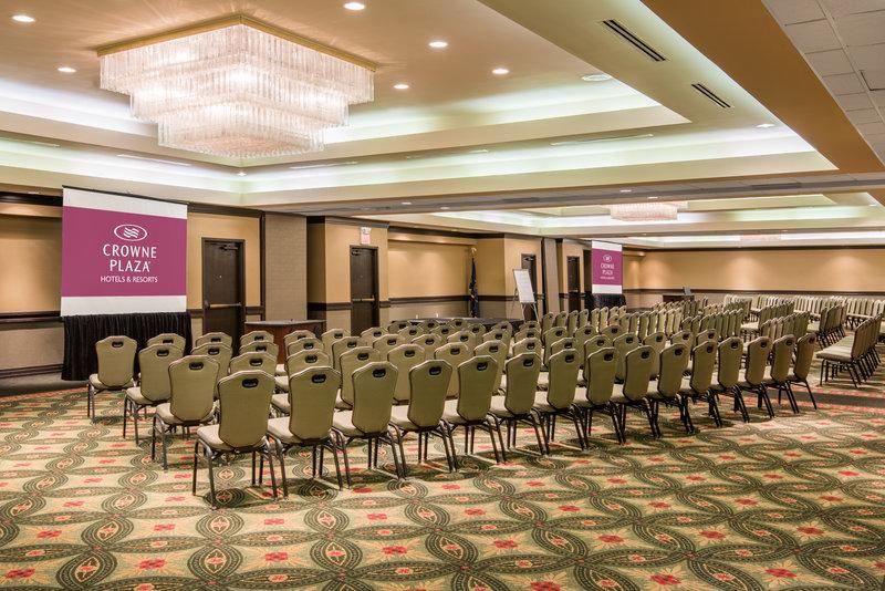 Crowne Plaza Indianapolis - Airport-International Ballroom<br/>Image from Leonardo