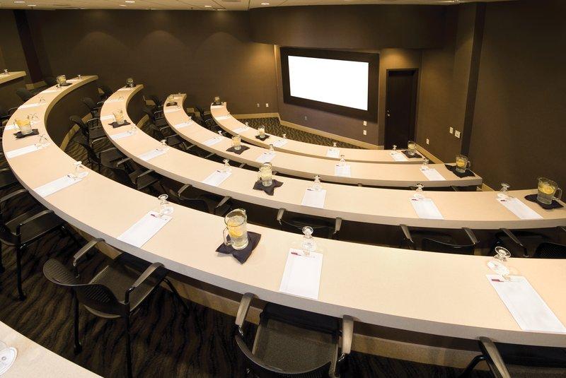 Crowne Plaza Indianapolis - Airport-Symposium<br/>Image from Leonardo