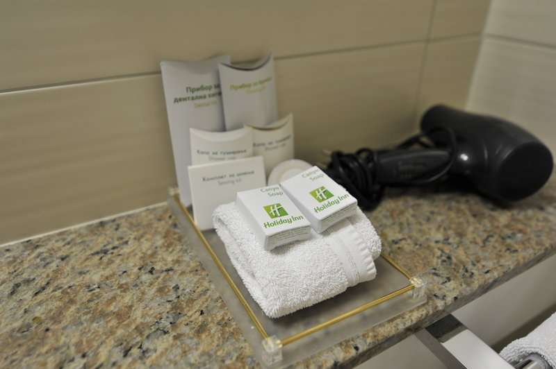 Holiday Inn Skopje-Single Room - Toilet<br/>Image from Leonardo