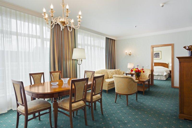Holiday Inn Skopje-Presidential Suite<br/>Image from Leonardo