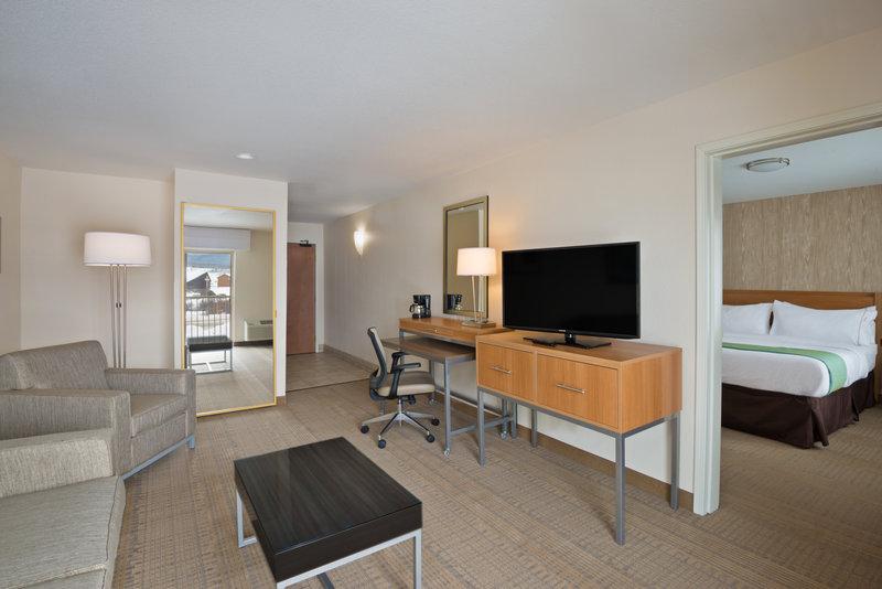 Holiday Inn Express Fraser - Winter Park Area-One Bedroom King Suite<br/>Image from Leonardo