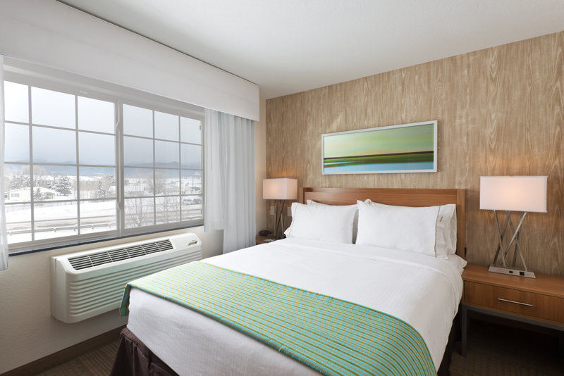 Holiday Inn Express Fraser - Winter Park Area-One Bedroom Queen Suite<br/>Image from Leonardo