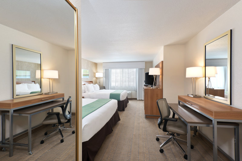 Holiday Inn Express Fraser - Winter Park Area-Double Guest Room with a King and Queen Bed<br/>Image from Leonardo