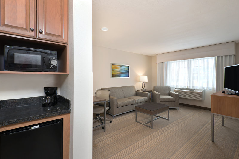 Holiday Inn Express Fraser - Winter Park Area-ADA/Handicapped Accessible Suite<br/>Image from Leonardo