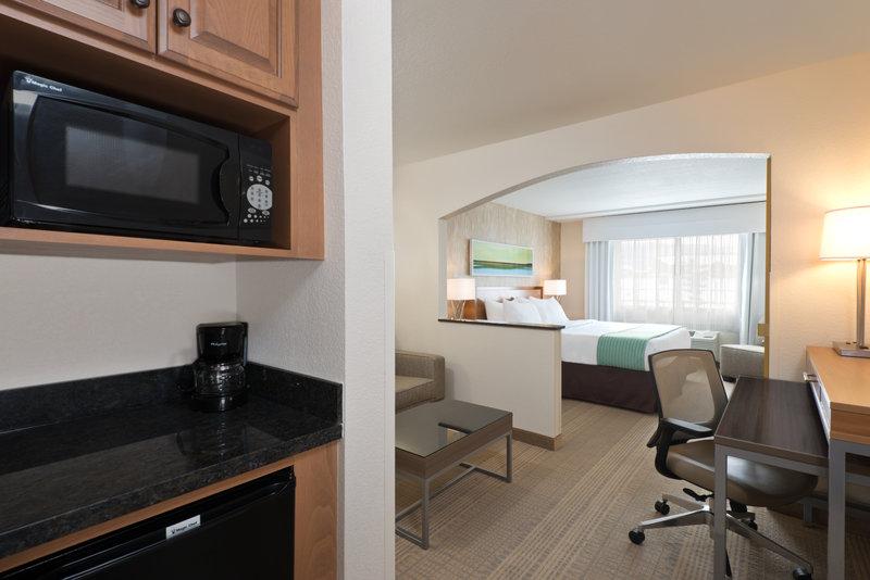Holiday Inn Express Fraser - Winter Park Area-King Suite<br/>Image from Leonardo