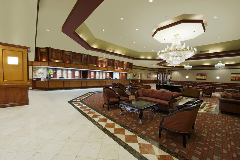 Crowne Plaza Philadelphia-Cherry Hill-Large and welcoming hotel lobby<br/>Image from Leonardo