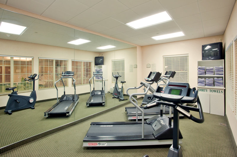 Holiday Inn Express & Suites Williamsburg-Keep up with your routine with our state of the art fitness center<br/>Image from Leonardo