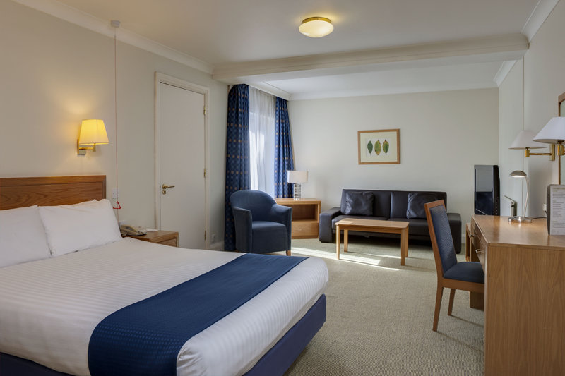 Holiday Inn Colchester-Accessible double bedroom<br/>Image from Leonardo