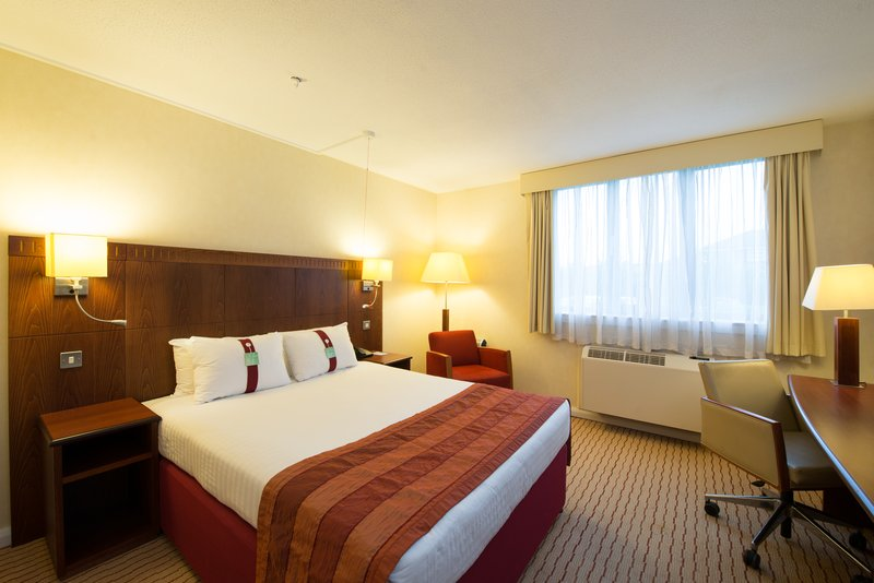 Holiday Inn Northampton-Accessible guest bedroom<br/>Image from Leonardo