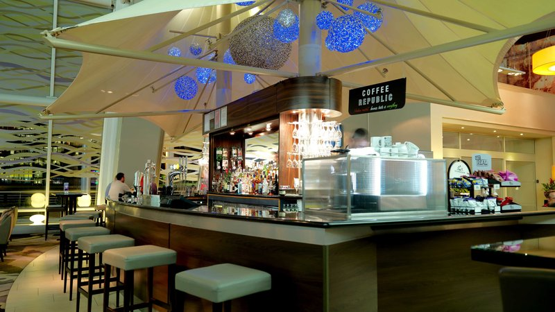 Crowne Plaza Glasgow-Bar and Lounge<br/>Image from Leonardo