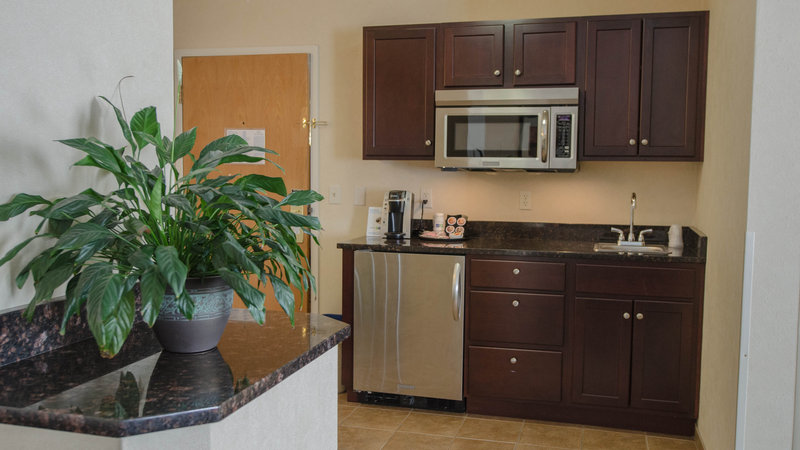 Holiday Inn Express South Burlington-King Suite Kitchenette<br/>Image from Leonardo