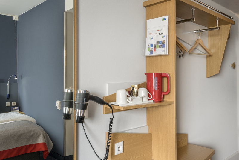 Holiday Inn Express Dortmund-Enjoy free tea and coffee making facilities in your guest room<br/>Image from Leonardo