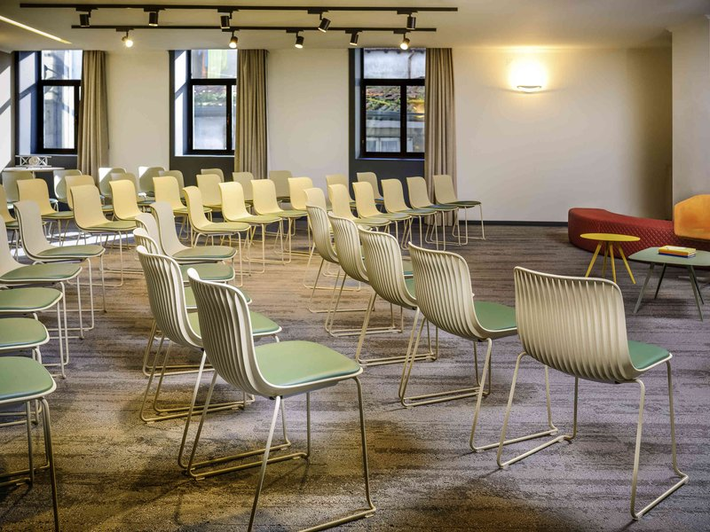 Mercure Porto Centro Hotel-Meeting Room<br/>Image from Leonardo