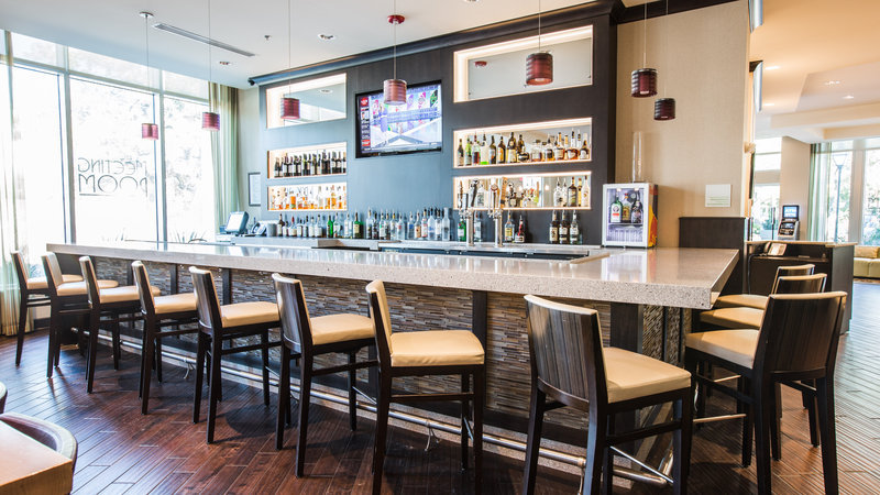 Holiday Inn Charleston Historic Downtown-Bar and Lounge<br/>Image from Leonardo
