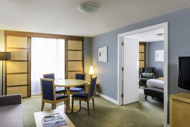 Holiday Inn Milton Keynes - Central-Suite with a view of the lounge and dining area<br/>Image from Leonardo