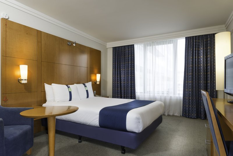 Holiday Inn Milton Keynes - Central-Standard Accessible Guest Room<br/>Image from Leonardo