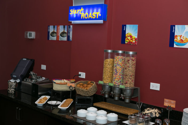 Holiday Inn Express Tegucigalpa-Breakfast<br/>Image from Leonardo