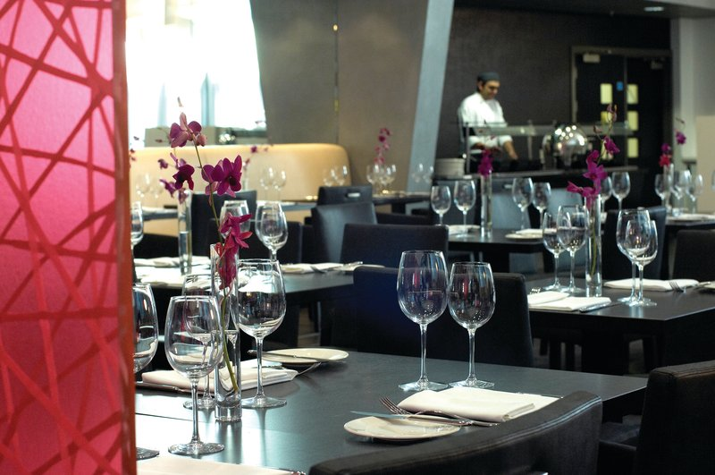 Crowne Plaza Manchester City Centre-The Glasshouse Restaurant offers chic dining experiences<br/>Image from Leonardo