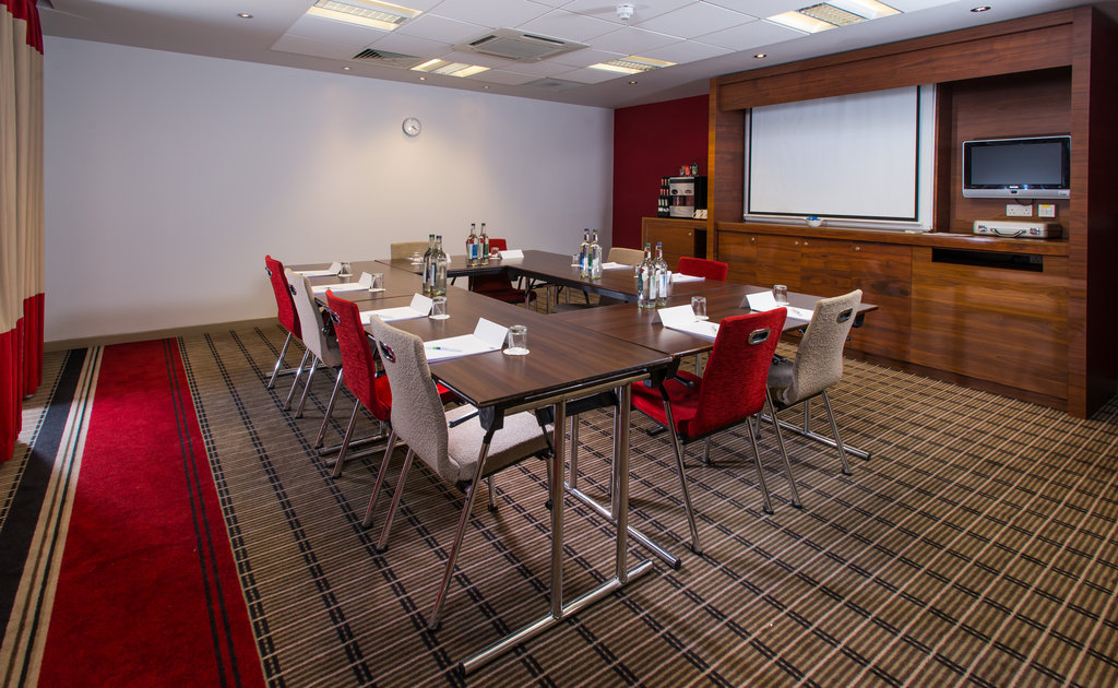 Holiday Inn Express East Midlands Airport-Enjoy free Wi-Fi and air-conditioning in each of our meeting rooms<br/>Image from Leonardo