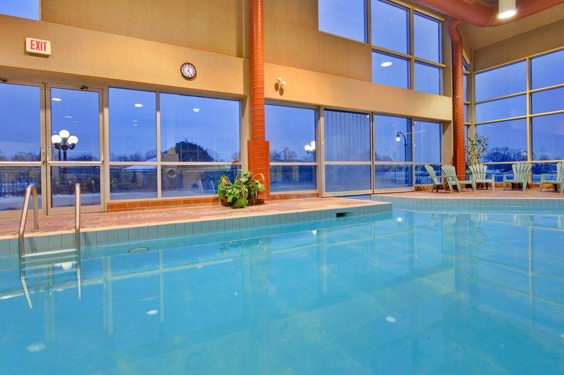 Holiday Inn Peterborough-Waterfront-Swimming Pool<br/>Image from Leonardo