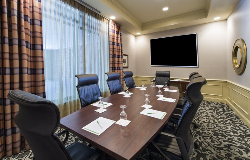 Holiday Inn Savannah Historic District-Host your next board meeting in style in our Oglethorpe Boardroom<br/>Image from Leonardo