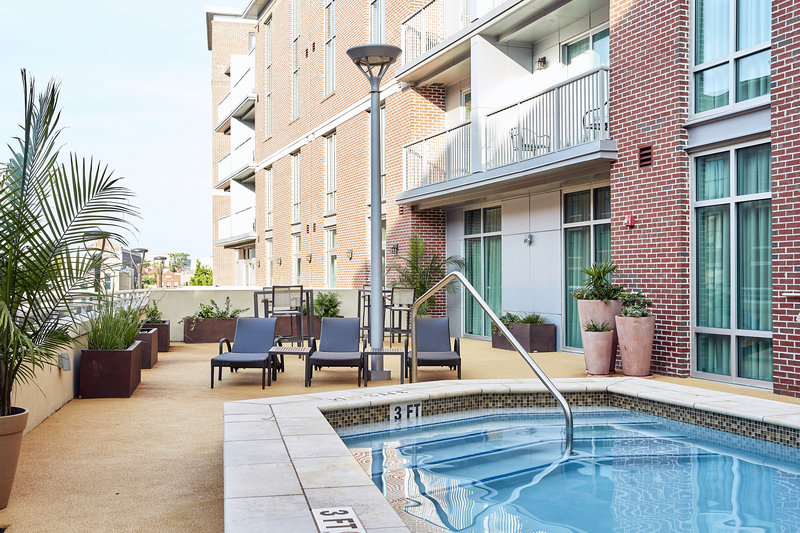 Holiday Inn Charleston Historic Downtown-Balcony Rooms overlooking Heated Pool<br/>Image from Leonardo