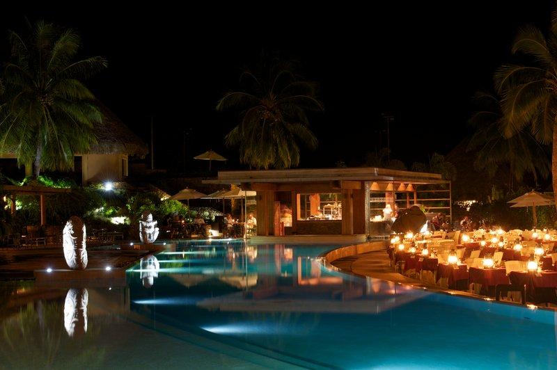 Intercontinental Moorea Resort-Buffet<br/>Image from Leonardo