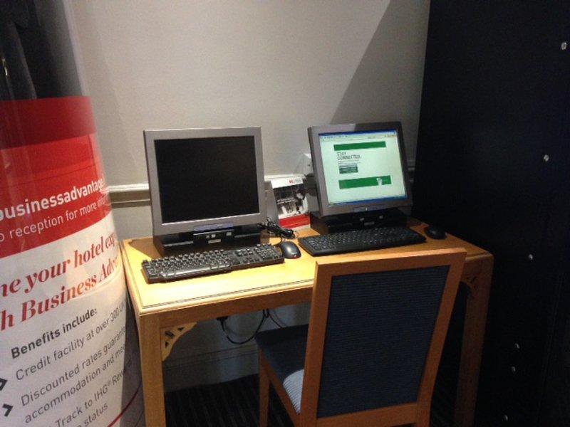 Holiday Inn Warrington-Business Center<br/>Image from Leonardo