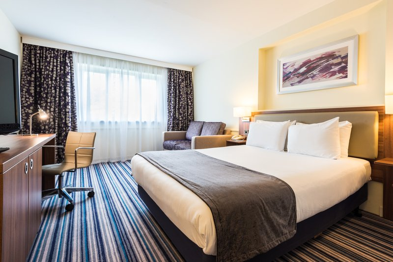 Holiday Inn Chester South Hotel-Executive Double Bedroom<br/>Image from Leonardo