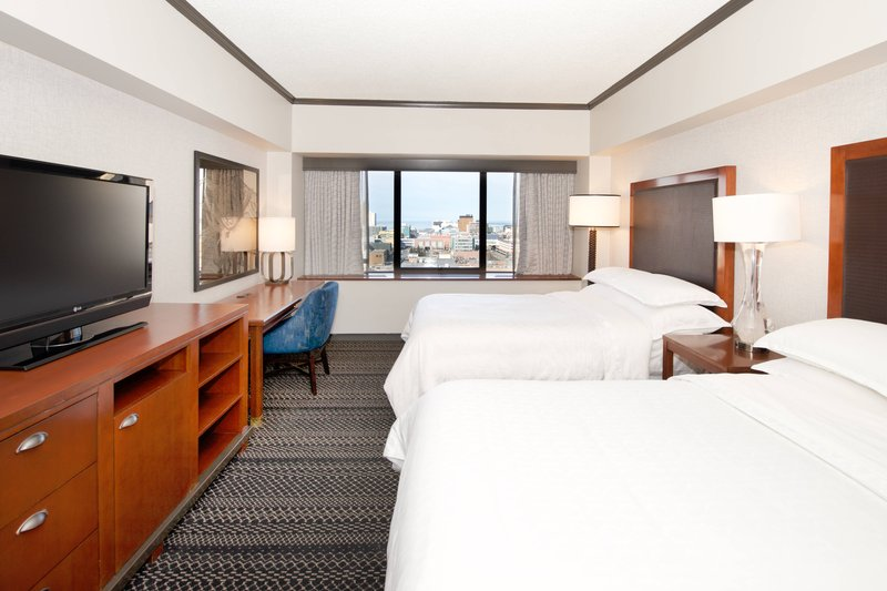 Sheraton Anchorage Hotel & Spa-Double/Double Guest Room - Bay View<br/>Image from Leonardo