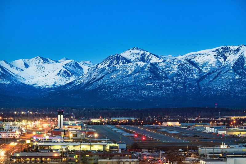 Sheraton Anchorage Hotel & Spa-Guest Room - Mountain View<br/>Image from Leonardo