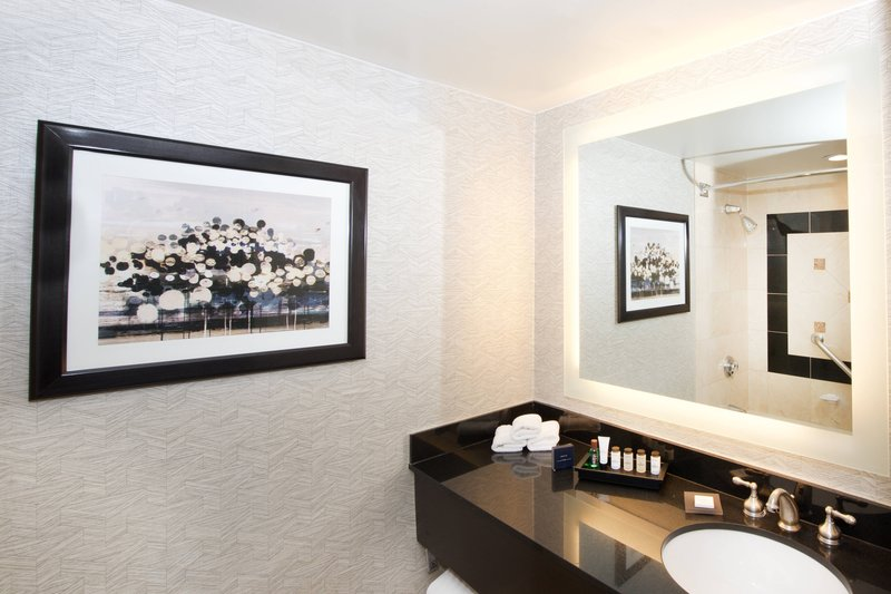 Sheraton Anchorage Hotel & Spa-Deluxe Guest Bathroom - Club Level<br/>Image from Leonardo