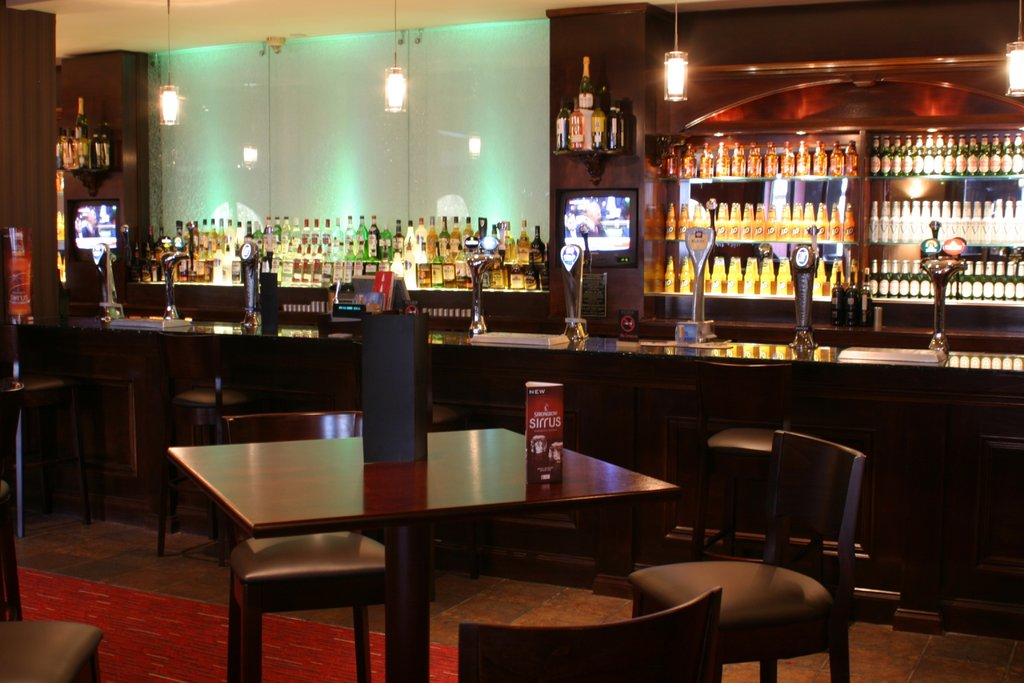 Holiday Inn Barnsley M1, Jct.37-Blakes Lounge Bar<br/>Image from Leonardo