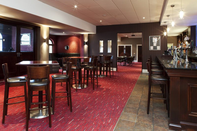 Holiday Inn Barnsley M1, Jct.37-Blakes Lounge Bar for a more informal dining experience<br/>Image from Leonardo