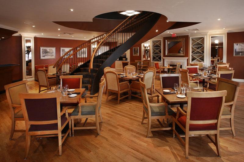 Crowne Plaza Syracuse-Restaurant<br/>Image from Leonardo