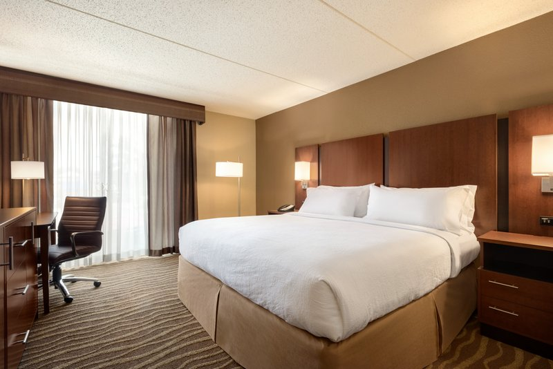 Holiday Inn Hotel & Suites Des Moines-Northwest-Wheelchair Accessible<br/>Image from Leonardo