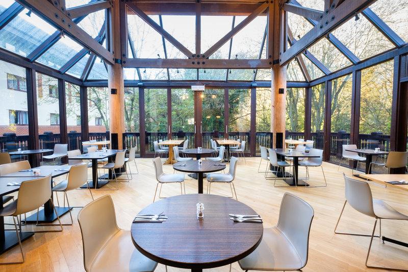 Holiday Inn Hemel Hempstead M1, Jct. 8-Have a Nice Breakfast or Evening Meal<br/>Image from Leonardo
