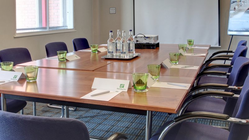 Holiday Inn Aylesbury-Conference Room<br/>Image from Leonardo