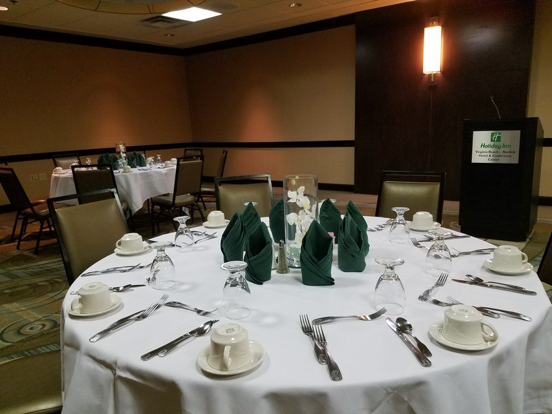 Holiday Inn Virginia Beach - Norfolk-Our award-winning catering team is ready to create your next event<br/>Image from Leonardo