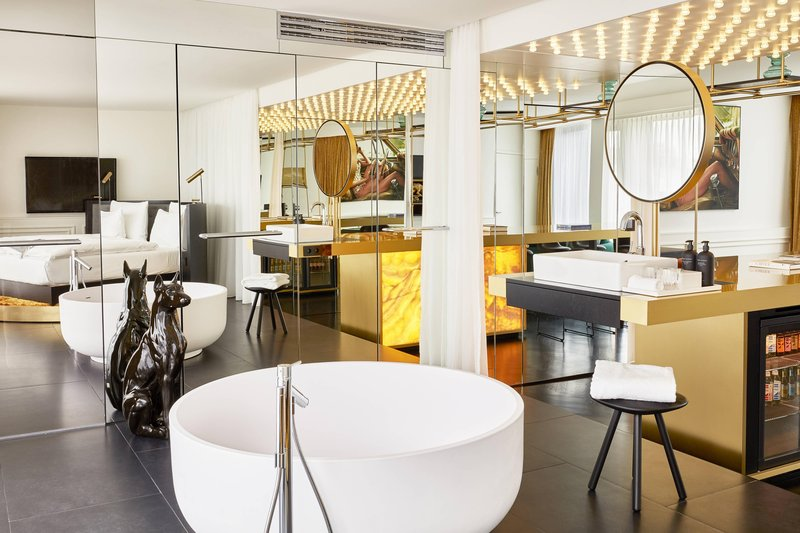 Autograph Collection Roomers Munich-Penthouse Suite Bathroom<br/>Image from Leonardo