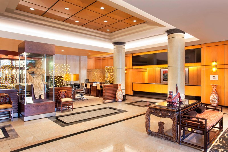 Sheraton LaGuardia East Hotel-Lobby<br/>Image from Leonardo