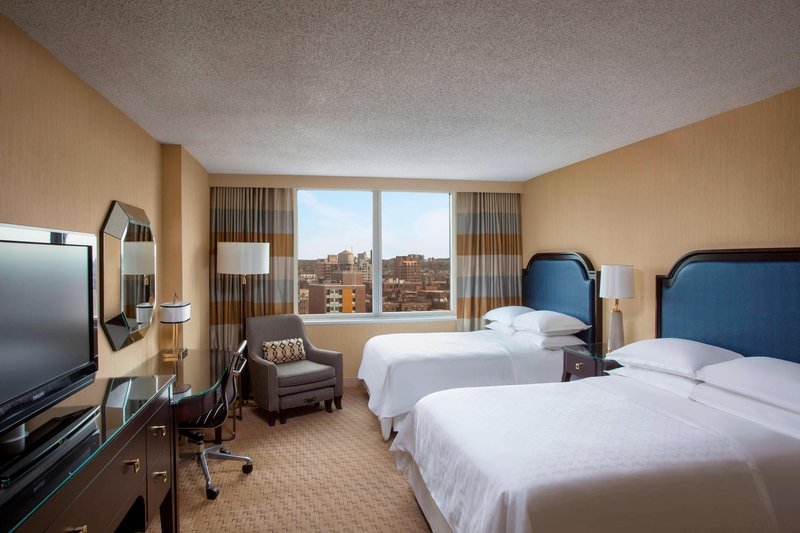 SHERATON LAGUARDIA EAST HOTEL-Standard Guest Room<br/>Image from Leonardo